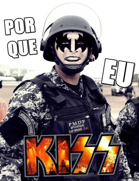soldado df kiss