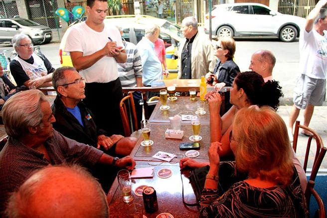 bar-ubaldo-amigos-no-1-sabado-sem-ele-bluebus